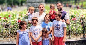 Familias Numerosas: Consideraciones, Ventajas y Beneficios